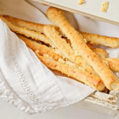 Palitos con queso hechos en casa