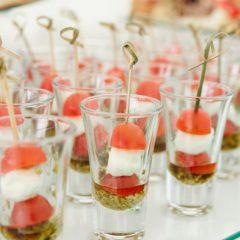 Aperitivos salados para servir en vasitos de shots